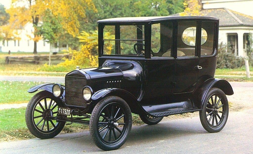 Primeiro carro a ser vendido no Brasil, Ford Model T.
