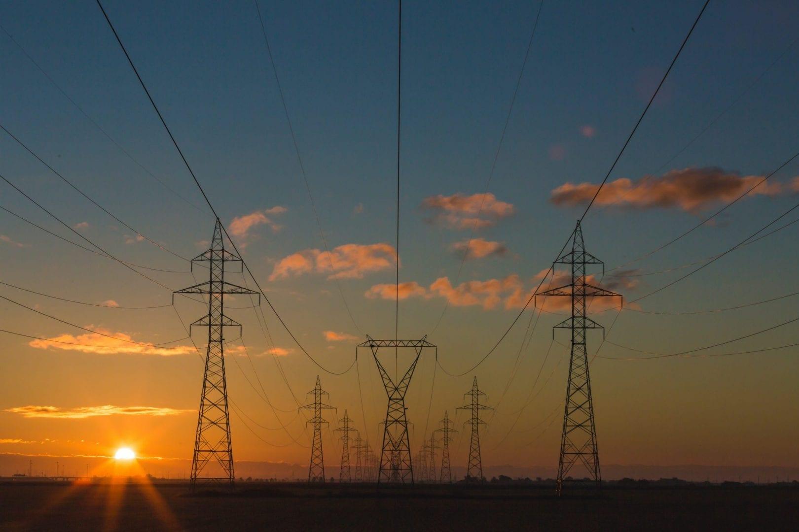 Conta de luz de 10 estados ficará 5,4% mais cara em julho; veja lista